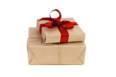 De dozen van Kerstmisgiften op witte achtergrond Stock Afbeeldingen