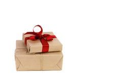 De dozen van Kerstmisgiften op witte achtergrond Stock Foto's