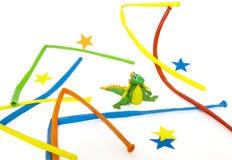 De draak van het Nieuwjaar wordt gemaakt van plasticine. Stock Foto