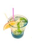 De drank van de cocktail met citroen Stock Afbeeldingen