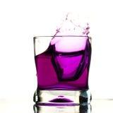 De drankplons van de cocktail stock foto's