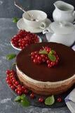 De drievoudige Cake van de Chocolade Royalty-vrije Stock Foto's