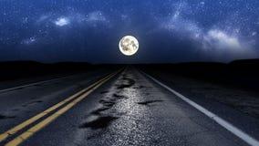 De drijflijn van de nachtweg stock footage