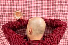 De drinker van het bier Stock Fotografie