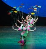 De Droomnacht van draai schotel-acrobatische showBaixi stock fotografie