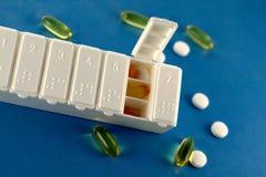 De Drugs van het voorschrift in de Doos van de Pil Stock Afbeeldingen