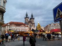 De drukke Straten van Praag tijdens Kerstmis Royalty-vrije Stock Fotografie