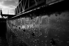 De Druppeltjes Industriële B&W van het water Royalty-vrije Stock Fotografie
