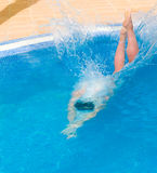 De duik van de mens stock fotografie