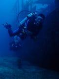 De duikers van het wrak stock foto's
