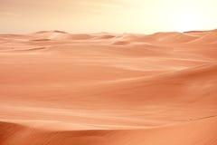 De duinen van de Sahara van de woestijn op zonsondergang, Egypte Stock Foto
