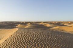 De duinen van het de woestijnzand van de Sahara Stock Foto