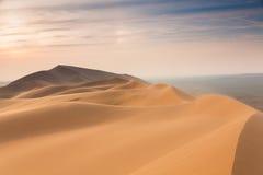 De duinen van het zand in de woestijn Royalty-vrije Stock Afbeeldingen