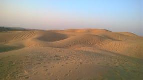 De duinen van het zand in woestijn Stock Foto