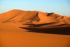 De duinen van het zand in de woestijn van de Sahara Royalty-vrije Stock Foto