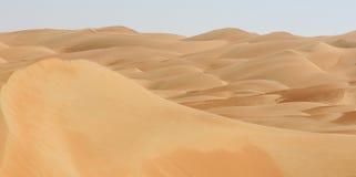 De duinen van Liwa van het woestijnpanorama Stock Fotografie