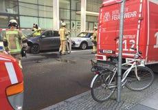 De Duitse vrachtwagen van de brandweerkorpsdienst Stock Afbeelding