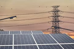 De duurzame energie is een noodzaak van de toekomstige wereld royalty-vrije stock afbeelding