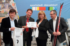 De dwars Kop van de Wereld van de Ski van het Land DÃ ¼ sseldorf Duitsland. Stock Fotografie