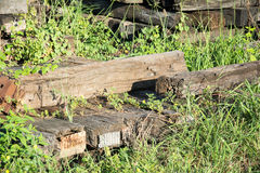 De dwarsbalkspoorweg dit is oud hout Royalty-vrije Stock Foto