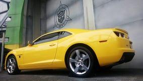 De echte Auto van Grootte Gele Chevrolet Camaro Royalty-vrije Stock Fotografie