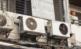 De eenheden van de airconditionercompressor stock fotografie