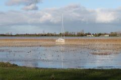 De eenzame boot stock fotografie
