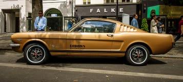 De eerste generatie van Ford Mustang van de poneyauto Stock Afbeelding