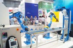 De eerste slimme die het materiaalindustrie Expo van China, in Shenzhen-Overeenkomst en Tentoonstellingscentrum wordt gehouden stock fotografie