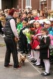 De eerste vraag 1 september, Kennisdag in Russische school Dag van kennis Eerste Dag van School Royalty-vrije Stock Fotografie