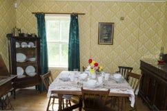 de eetkamer van 1920 ` s Stock Foto's