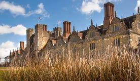 15de eeuw van het Sevenoaks de Oude Engelse herenhuis Het klassieke Engelse zijhuis van het land Royalty-vrije Stock Afbeeldingen