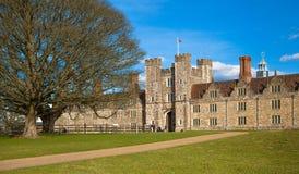 15de eeuw van het Sevenoaks de Oude Engelse herenhuis Klassiek Engels plattelandshuis Stock Foto