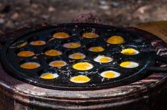 De eieren van Knmcrkkwartels Stock Foto