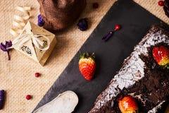 De eigengemaakte cake van de Kerstmischocolade Royalty-vrije Stock Foto's