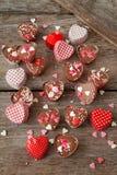 De eigengemaakte chocolade met bestrooit stock afbeelding