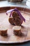 De eigengemaakte kant van het de snoepjesportret van de fig.chocolade wijd stock foto's