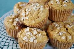 De eigengemaakte muffins van het pompoenhavermeel Royalty-vrije Stock Foto