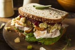De eigengemaakte Resterende Sandwich van Turkije van het Dankzeggingsdiner Stock Foto