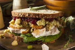 De eigengemaakte Resterende Sandwich van Turkije van het Dankzeggingsdiner Royalty-vrije Stock Afbeeldingen