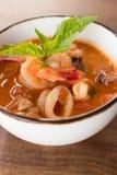 De eigengemaakte Soep van Calamari Fagioli Stock Afbeelding