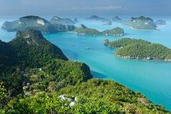 De eilanden van Ko angthong in Thailand Stock Afbeelding