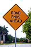 De Einden van de weg ondertekenen vooruit Stock Foto