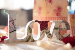 De elegante decoratie van de huwelijkslijst stock foto