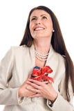 De elegante gift van de vrouwenholding Royalty-vrije Stock Afbeelding