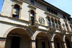 De elegante, historische bouw via San Francesco in Padua in Veneto (Italië) stock fotografie