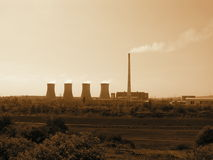 De Elektrische centrale Prunerov van de steenkool Stock Afbeeldingen