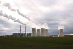 De elektrische centrale van de steenkool Stock Afbeelding