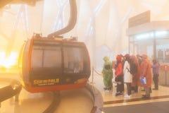 De elektrische kabelwagen gaat naar Fansipan-bergpiek de hoogste berg in Indochina, bij 3.143 meter in Sapa, Vietnam royalty-vrije stock afbeelding