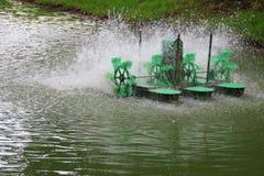 De elektrische machine van de waterturbine stock foto